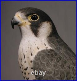 15 Peregrine Falcon Original Bird Carving Wood/Birdhug