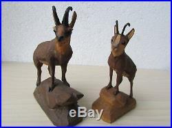 2 X Vintage BLACK FOREST Carved Wood CHAMOIS GOAT Sculptures ADELBODEN / ZERMATT