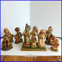 ANRI-FERRANDIZ 6 NATIVITY SET INC. 31Wood-Carvings & 1 (10 Sculpture.)