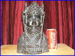 Benin ebony wood carved figure, large, antique, rare item. Heavy, african carving, old