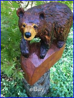 Chainsaw Carved REALISTIC Walking Bear PINE WOOD Sculptures Log Cabin Decor