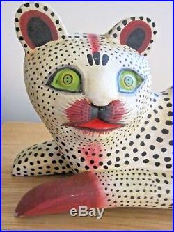 LARGE Vintage FOLK ART Hand Carved Wood Painted Figure SCULPTURE CAT 14 long