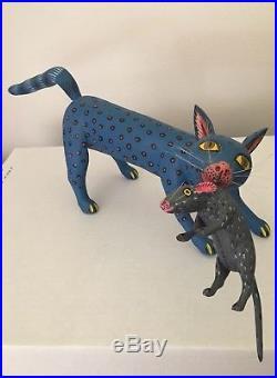 Oaxacan Alebrije Cat with Mouse Wood Carving Sculpture Signed Sergio Santos Oaxaca